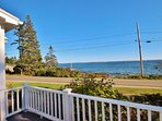 Classic summer home on coveted Marshall Point - walk to the lighthouse, village and beach