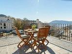 Hermosa terraza con preciosas vistas y un aire de lo más puro. Quieres olvidar? olvida...