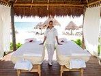 Enjoy a beach massage very cheaply!