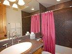 5th_guest_bathroom.jpg