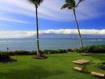 Royal Kahana with the view of our neighbor - Molokai