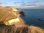The Pink House is close to spectacular coastal walking paths alongside Durdle Door and Lulworth Cove