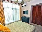 Guest bedroom 3 with1 queen bed