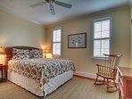 Lower Level, Queen Guest Bedroom