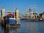 Tower Bridge Houseboat: The Harpy