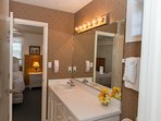 Master Queen Suite Bathroom