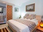 Entry to en-suite bedroom 2