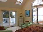 4th Suite with Queen, Full bath, Deck & VIEWS!!