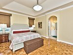 Master Bedroom with King Bed; Walk in Closet; Newly Furnished; TV!