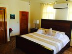 Chechem Room with king bed, Indoor and outdoor shower large bathroom ground floo