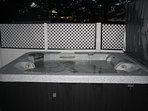 aduly only mountian view 6 person hot tub