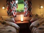 2 bedrroms with each 2 single bed.