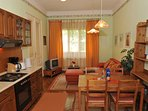 Fully equipped kitchen with dining table for 6 persons