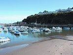 Saundersfoot beach is a 10 minute walk.