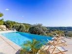 Une villa de rêve, à 2 pas de  la plage avec une vue sur un paysage de toscane. Piscine privée