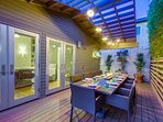 Outdoor dining seats 10
