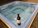 Hot Tub with seating for 6