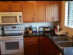 Fully-equipped kitchen: stove, oven, microwave, fan, refrigerator, dish washer, pots, pans - all!