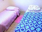 Bedroom 3 w/twin beds