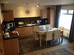 Open plan kitchen / diner