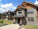 Mountain Resort – 4 Star Hotel Condo in Rockies & Bow Valley