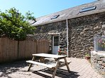 Beautiful first floor apartment for up to 4 guests on the Llyn Peninsula