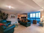 Experience a fabulous Denver getaway at this luxurious 2-bedroom, 2-bathroom vacation rental condo right in the heart...