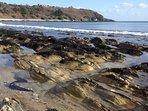 Low tide between beaches
