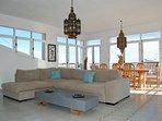 Luxurious Livingroom in Villamartin Plaza