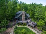 Woodhaven | Hot Tub | Fireplace | 3BR Luxurious and Secluded Mountain Retreat