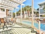 Furnished Deck, Swim up Pool Entrance, Plenty of Pool Lounge Chairs