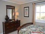 Ground Floor Oceanfront Queen Bedroom II