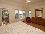 2ND MASTER KING BEDROOM & PRIVATE DECK