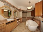SIENA Ensuite Bathroom with Standalone Tub, Dual Showerheads, 2 Sinks and Toilet/Bidet