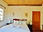 Steenbok Self Catering Cottage - Bedroom 1