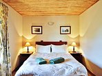 Springbok Self Catering Cottage - Bedroom 1