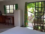Rooms with breakfast kitchen and view to garden