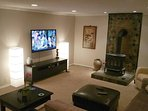 Family room with 55' HDTV