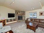 Cross Creek Condo Living Room Frisco Lodging Frisco Condo Rental