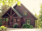 'HUCKLE-BEARY HAVEN' LOCATED IN SHERWOOD FOREST -  3 MIN FROM PARKWAY - CHILDREN GAME ROOM - WIFI