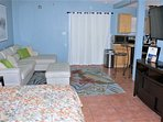 Spacious Back Studio with Private Entrance