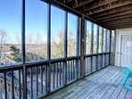 Screened porch of 1st floor Queen