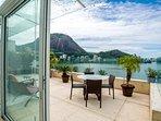 180 degree views of Lagoa
