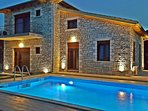 Τhe Villa has 4 Bedrooms ( 3 of them are master bedrooms) four bathroms.