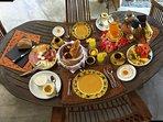 Enjoy the breakfast at the Puri Mas main house.