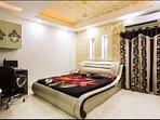 Master bedroom with ensuite steam & sauna bath shower, sink & toilet