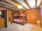Twin bunk beds in the master with the king bed - very spacious