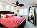 Bedroom 2 | King Bed