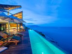 Common Area: Stunning View towards Koh Pangan