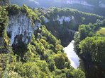 Whether from a canoe, on foot or paragliding above the gorge, the views are breath-taking!